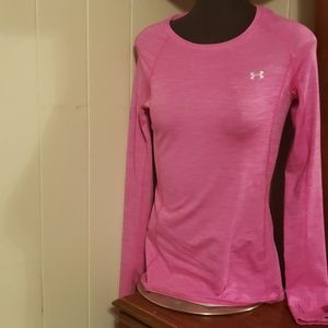 Pink under armour small athletic top nwot
